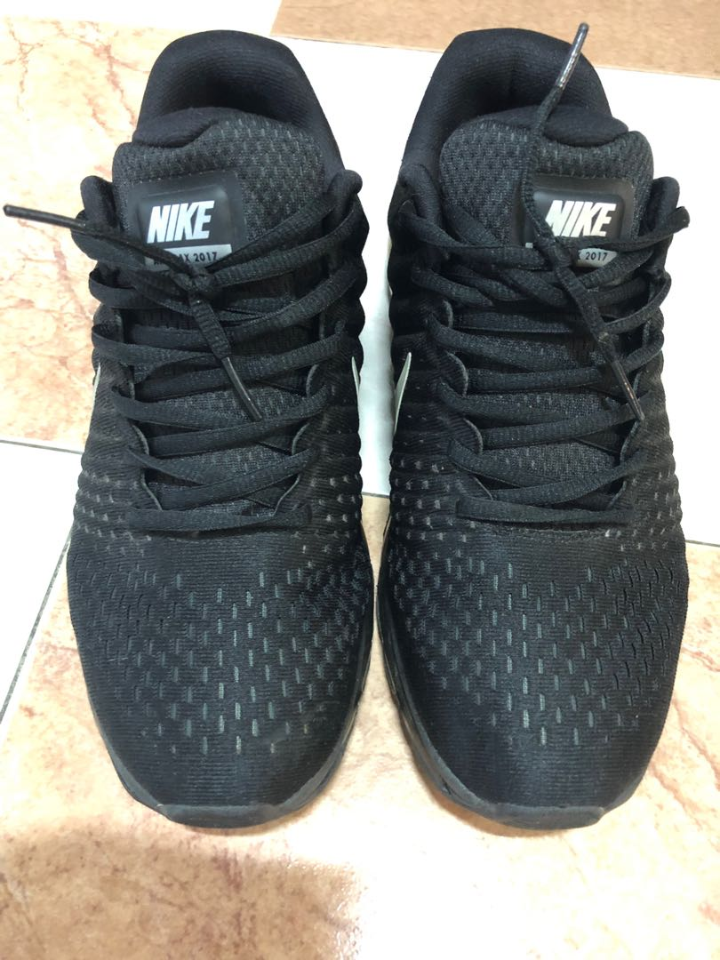 04040305a72e Nike Shoes max air