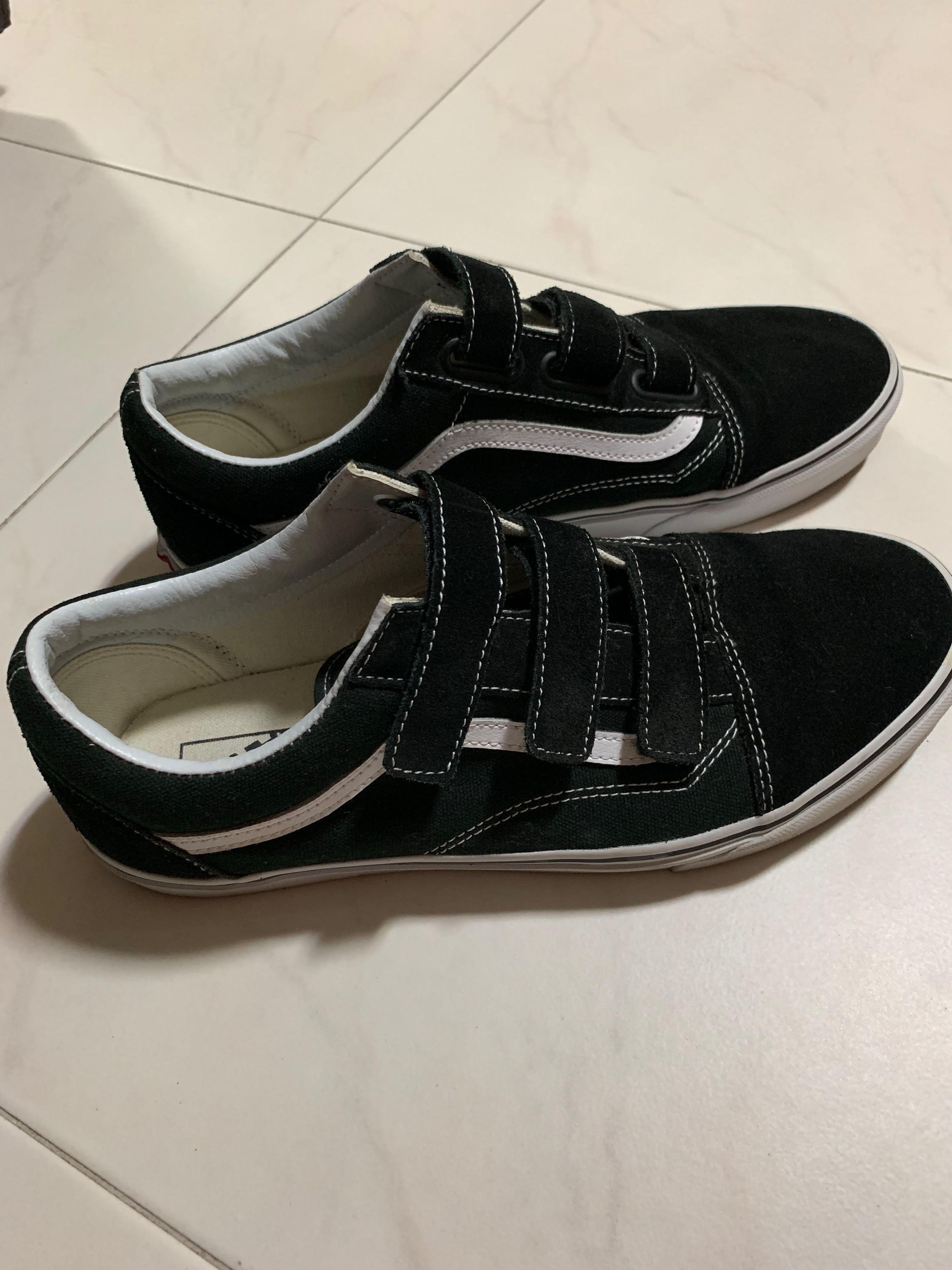 d0bd073b5adf03 Old Skool V Suede and Canvas Sneakers VANS