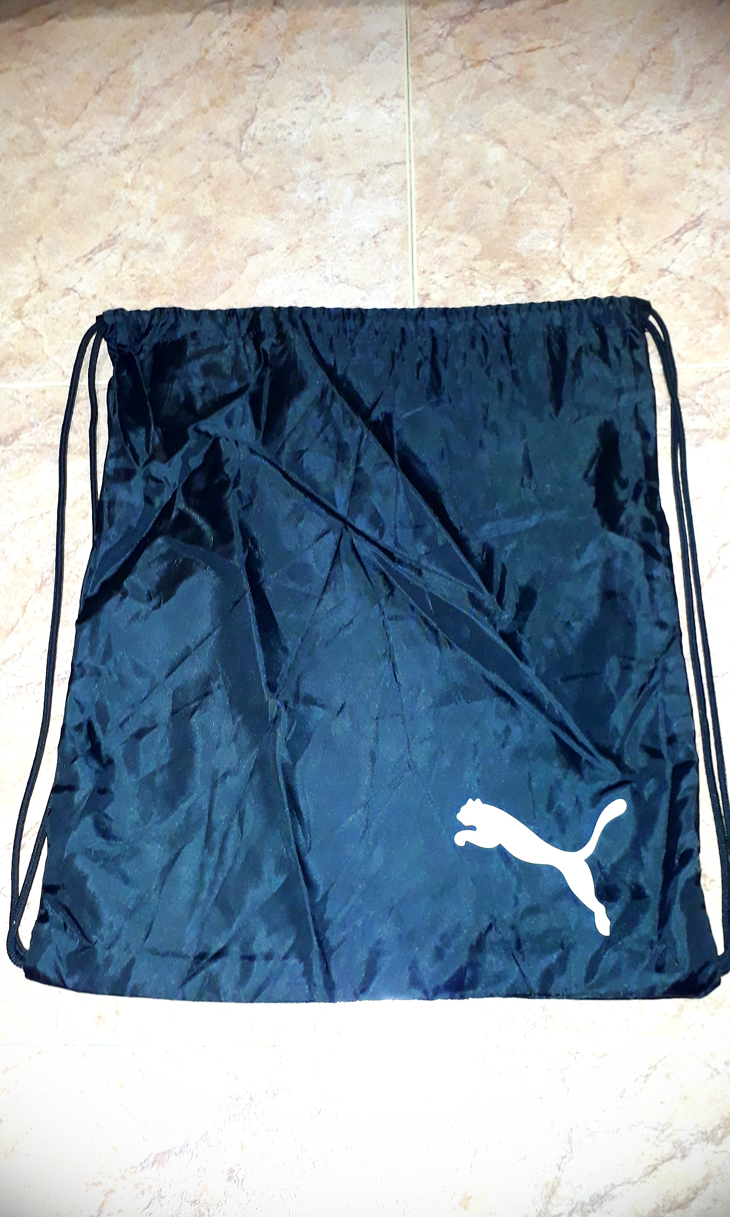 af6e702664 PUMA Bag, Sports, Sports Apparel on Carousell