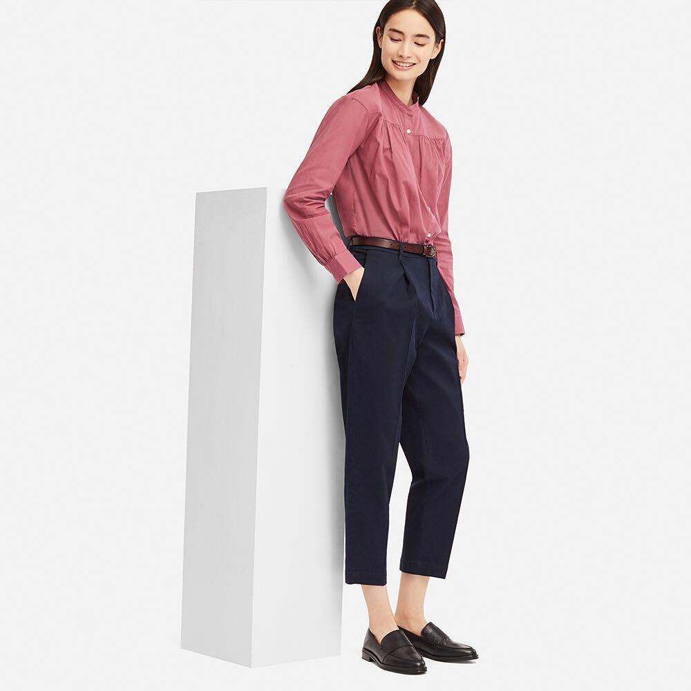 UNIQLO tapered ankle length pants / navy / size XS