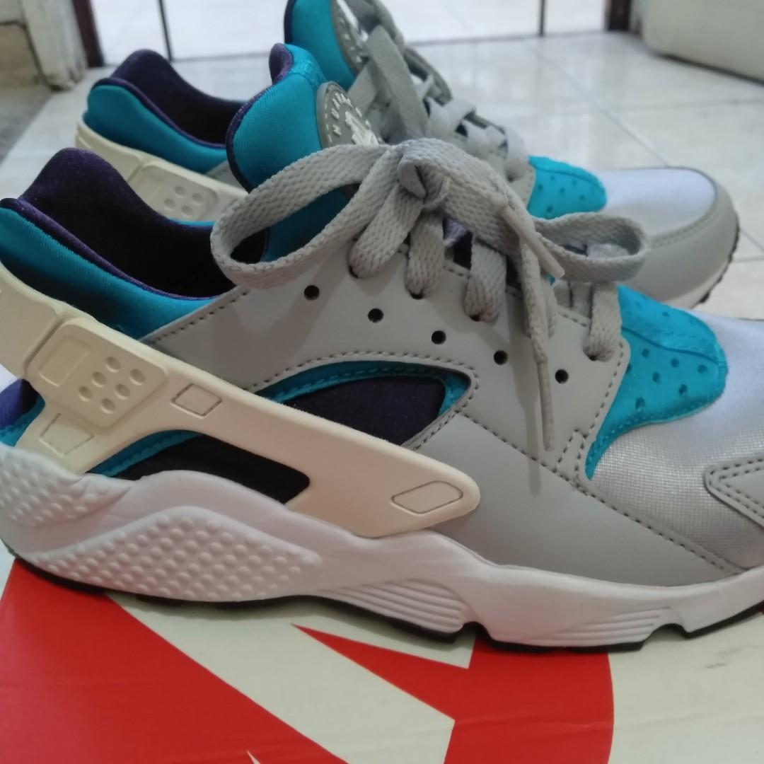 Used Original Nike Huarache Grey White Aquatone