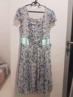 Dress Floral Biru Korea