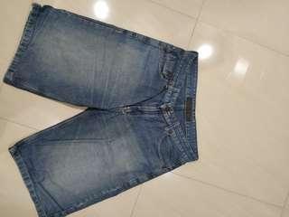 Celana Lacoste jeans pendek