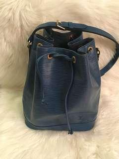 Louis Vuitton blue epi