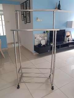 Stainless steel cloths hanger
