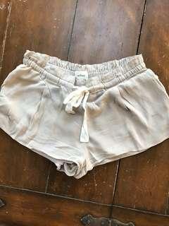 Aritzia shorts