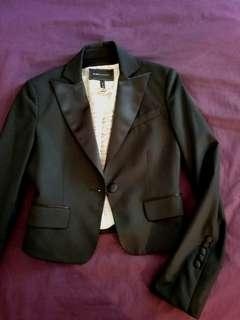 BCBG MAX AZRIA black wool fitted blazer