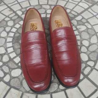 Sepatu Keren merek Ferragamo Salvatore