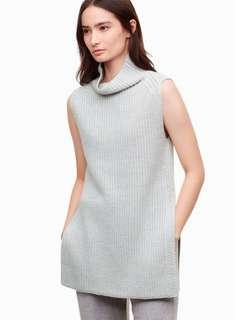 Aritzia- BLACK Sleeveless knitted turtle neck