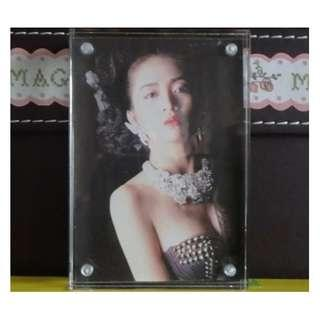 {HK 藏珍舖} Mini 水晶磁石相架 w/梅艷芳 photo (5.5cm x 8cm)