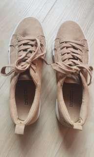 H&M sneakers/platform shoes