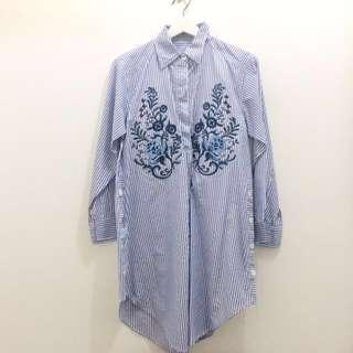 Kemeja Biru Bordir - Embroidered Blouse