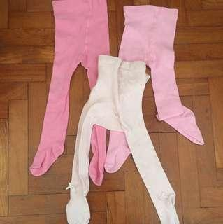 3 pairs of tights age 1-2