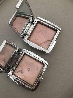 Hourglass highlighters