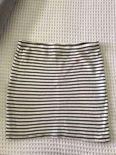 Striped stretchy skirt