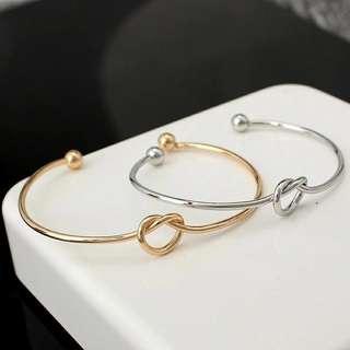 🚚 ✓ Instock Heart Knot Cuff Bracelet
