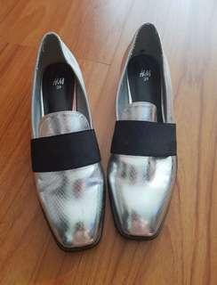 H&M silver metallic loafers shoes
