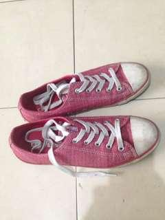 Original Converse All Star Red Size 6 Shoe Sneakers