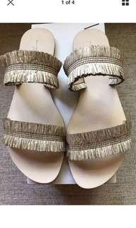 BNIB Witchery Natural Kirsty Slides - Limited Edition Sz 41 Rrp $99.95