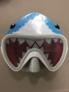 Children snorkeling mask