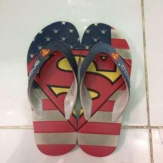 Sendal ando superman