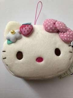 🚚 LIMITED EDITION HELLO KITTY POUCH