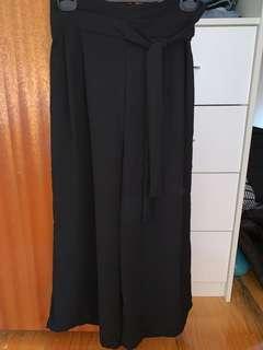 Black culottes pants