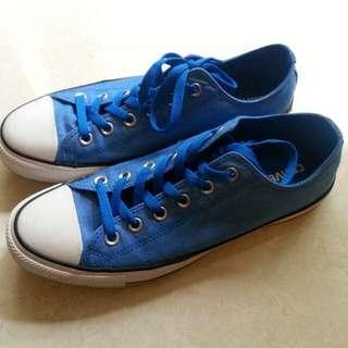 Converse 運動鞋