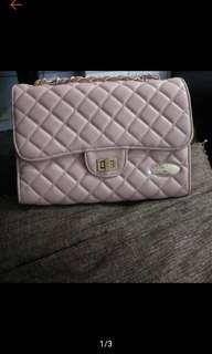 「全新」代售 Rebecca bonbon 小香風粉紅皮革側背包 肩背包 菱格 包包