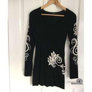 ENTI Embroidered Mini Dress/Tunic. Size 6-8