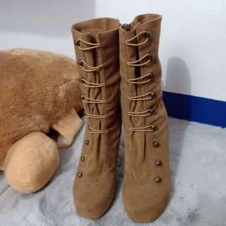 Gibi Brown Boots