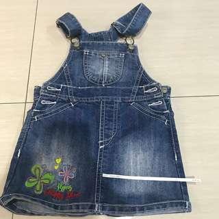 Baju monyet outer bahan jeans dan ada motif bunga 9-12 months