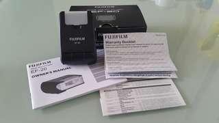 Fujifilm EF-20閃燈