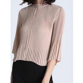 LB Pleated Top