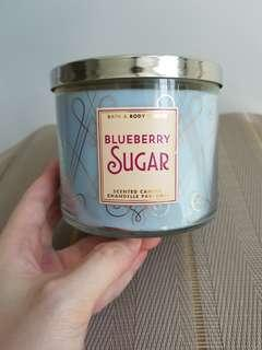 Bath & Body Works scented candle - blueberry sugar
