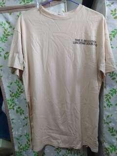 滿三件折$30 Oversize T-shirt  女生上衣