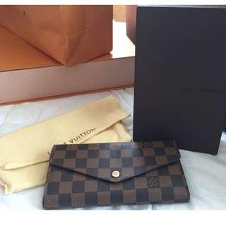 Louis Vuitton Envelope-style Sarah  Damier Ebene  (pre-Loved wallet)