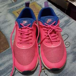 Authentic Air Max Thea Size 7.5 Womens