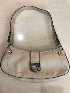 Guess Small Shoulder Bag Bnew w/o Tag