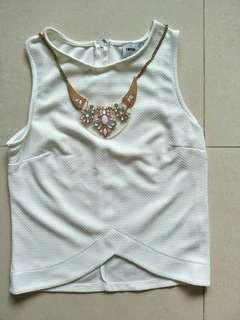 BN Asos White Sleeveless Top with necklace