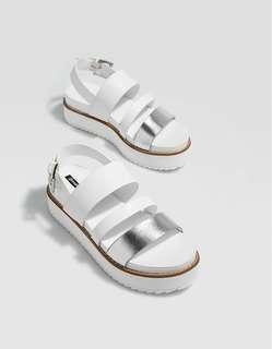stradivarius flatform sandals