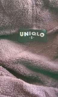 1564 UNIQLO EGGPLANT HOODIE W/POCKETS (S)