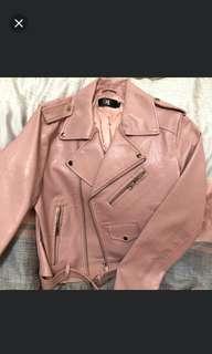 粉紅甜美皮衣