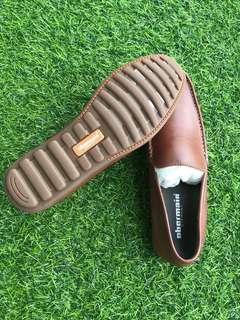 Obermain Men's Shoes ~ New with Box