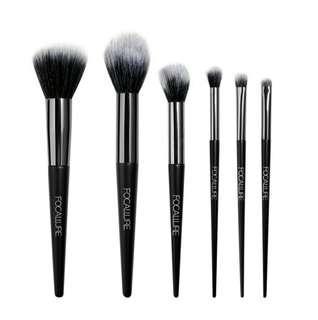 FREE POSTAGE! Focallure 6pcs Brush Set