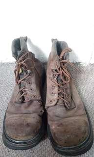 Safety boot batant stride size 45
