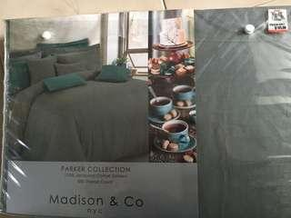 Madison & Co nyc Bed Sheets Set