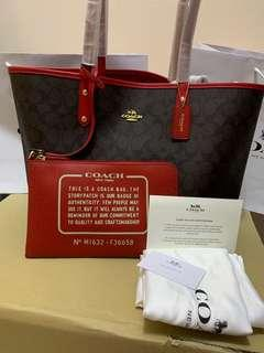 Coach Reversible Tote ready stock 36588