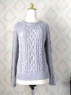 GU by Uniqlo Irish Design Sweater #JAN55