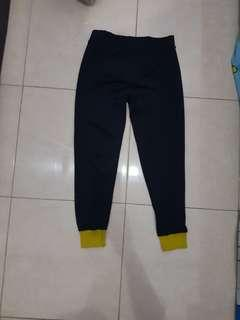 Legging yellow band